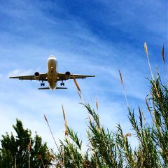 aeroplane fly aeroportdelprat miradordelsavions barcelona