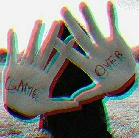 "→""Monsters don't sleep under your bed... They sleep inside your head.""← P.D. AMO ESTA FOTO~   #GameOver  #Help  #suicida #kawaii"
